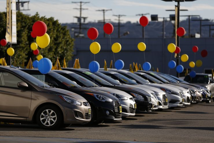 Car Dealers Struggle To Sell 2018 New Car Inventory To Make Room