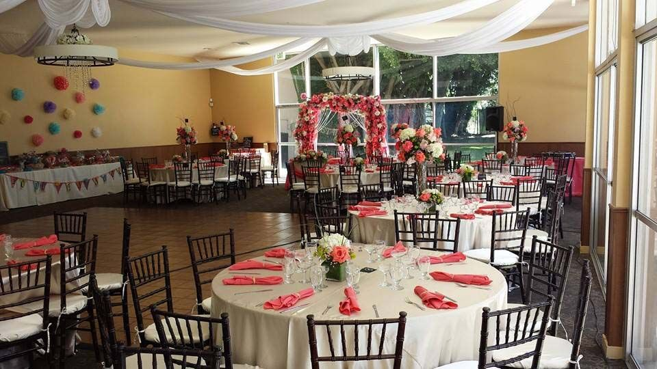 Cheap wedding venues for 300 guests