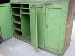 Vintage möbel weiss grün  Industriedesign Möbel: Werkzeugschrank groß und grün | Lagerung ...