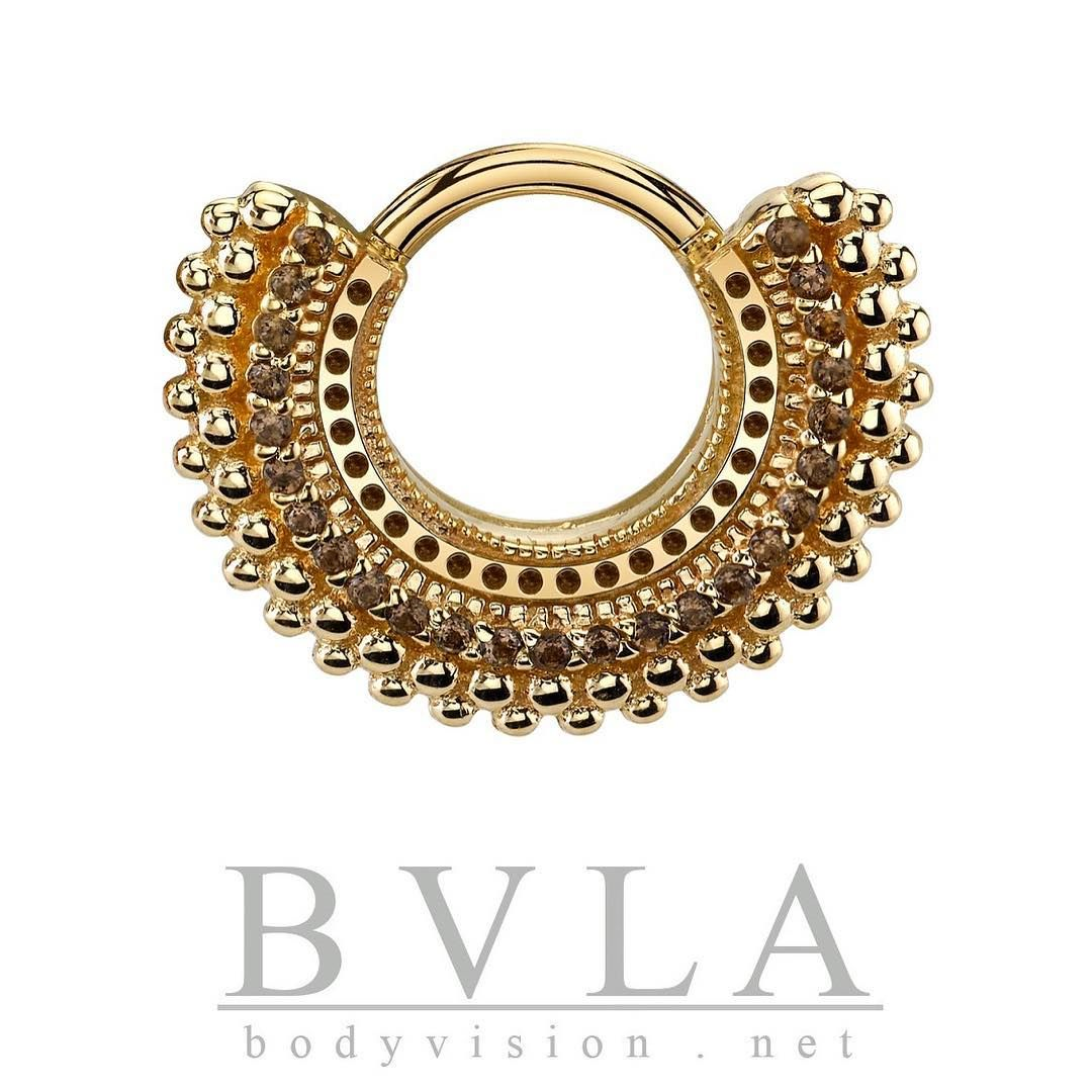 1 039 Likes 17 Comments Body Vision Los Angeles Bvla On Instagram The Affinity With Chocolate Diamonds Chocolate Diamonds Body Jewelry Body Jewellery