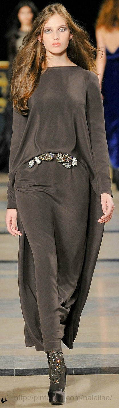 Casual Sunday ie 5th Sunday. Nice belt & boots: Stеphane Rolland ~ Haute Couture Maxi Dress, Brown
