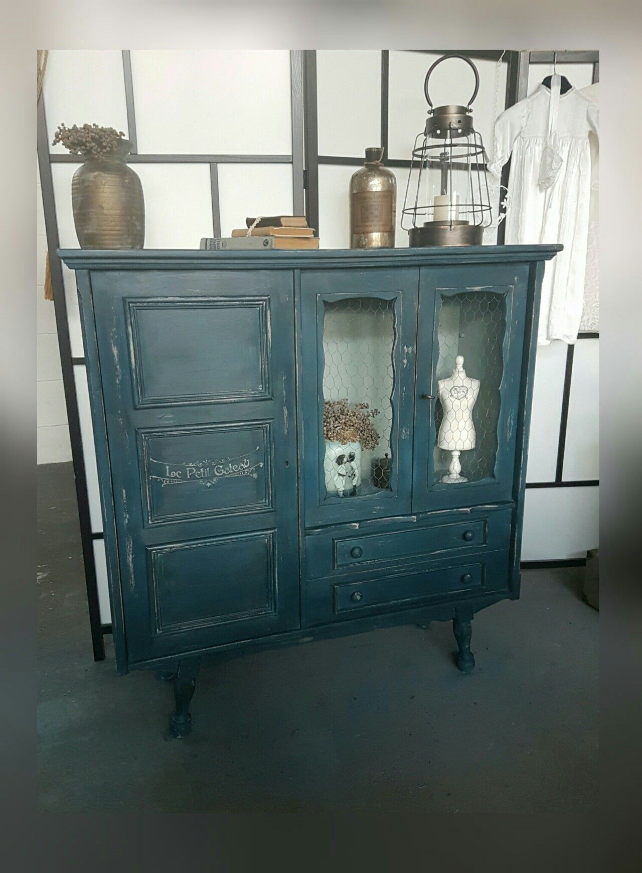 Aubusson Blue Clear Wax En Black Annie Sloan Chalkpaint