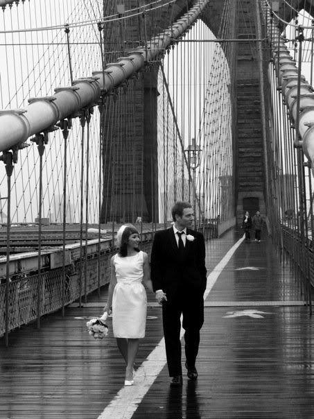 Vintage New York wedding.  Lovely picture idea....  Wiliamsburg bridge engagement shoot