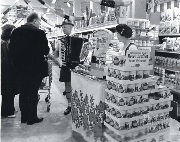 Miles Of Aisles Bergen S Favorite Grocery Stores History And Trivia Bergen County Bergen Teaneck