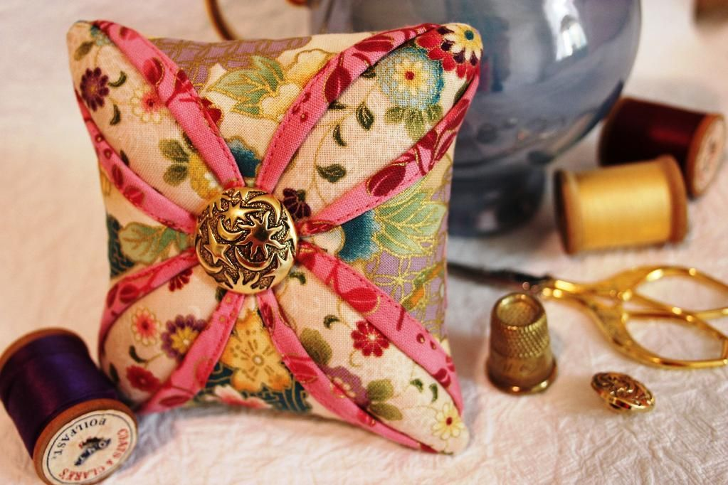 Free Patterns: Sewing, Quilting, Knitting, Crochet & More ... : quilted pincushion patterns - Adamdwight.com