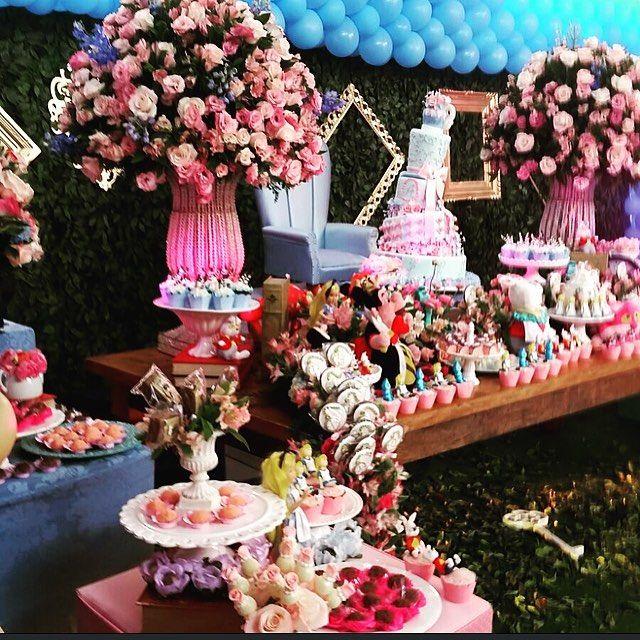 #mulpix Festa linda.. da Alice no País das Maravilhas @d2eventos @spassosplash @guaciremabaloes @catiaherreraemarcelovita  #d2eventos  #d2cenografia …