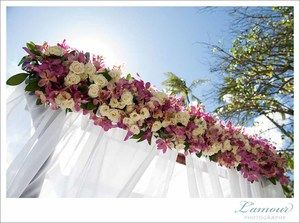 tropical ceremony arch/ floral design by passion roots / l'amour photography