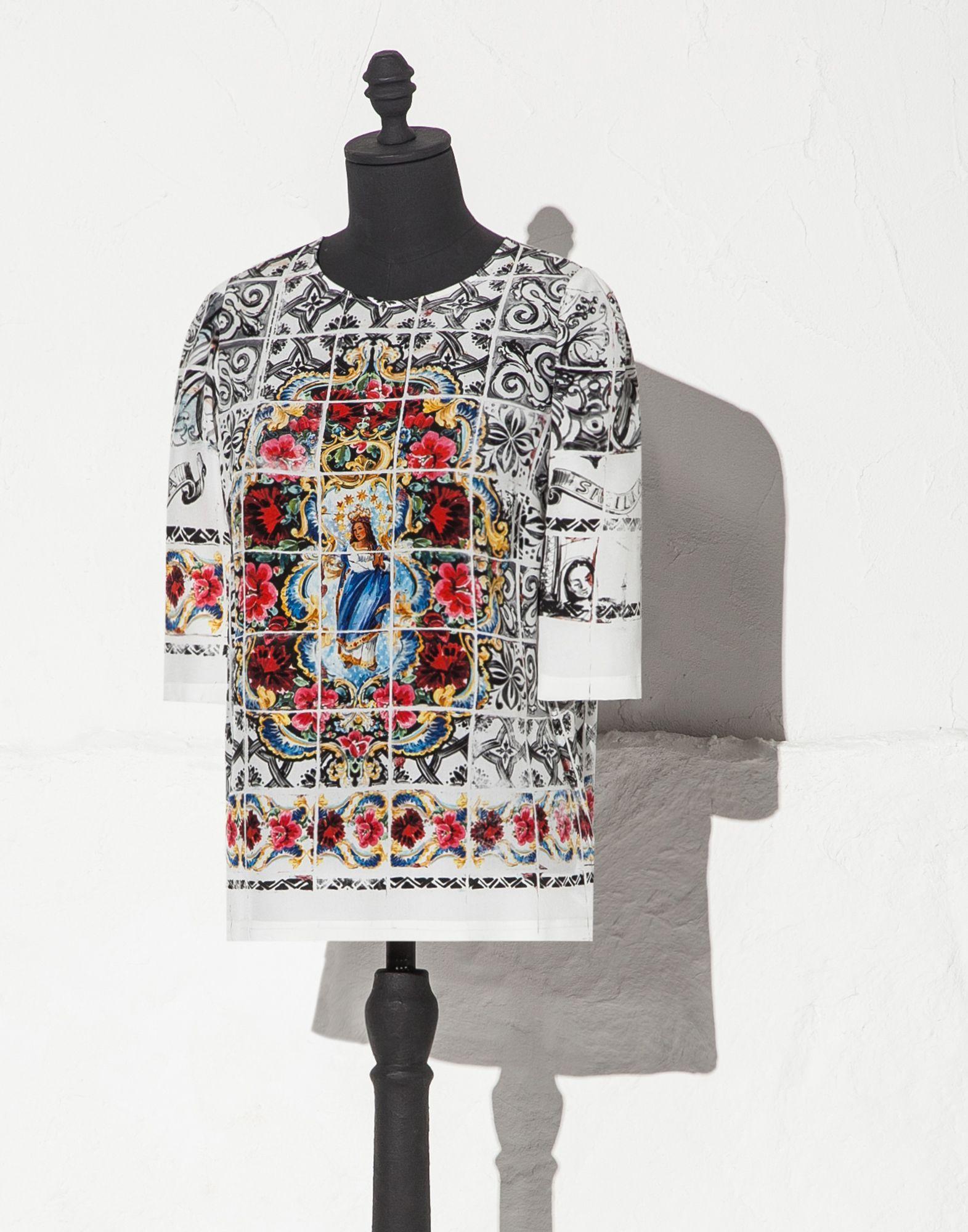 Carnation frame and majolica print silk crepe top | dolce&gabbana online store