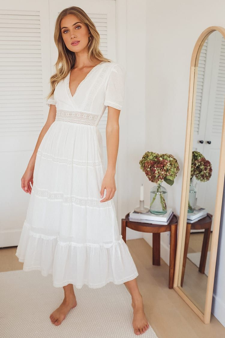 Folklore White Swiss Dot Lace Tiered Midi Dress In 2021 Tiered Midi Dress Midi Dress With Sleeves Casual White Dress [ 1125 x 750 Pixel ]