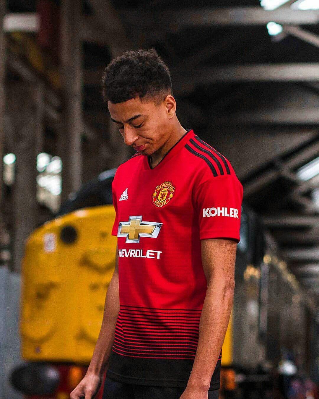 sports shoes 30c8c b4da2 Manchester United | Jesse Lingard | Manchester United ...