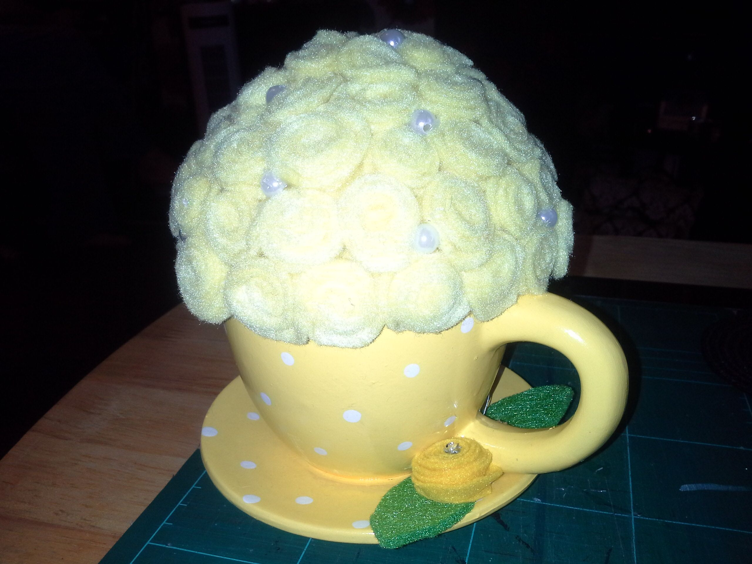 yellow cup with felt flowers | CRAFTS ive made | Pinterest ...