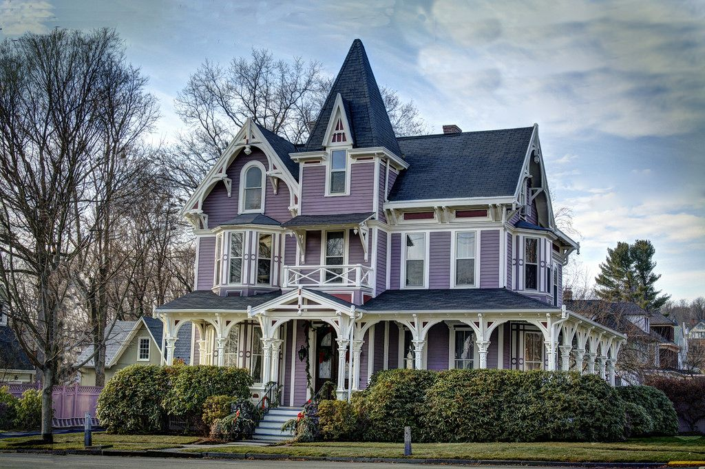 Victorian Beach Houses Purple Victorian I Spent Too Much Time Getting All The Wir Victorian Homes Old Victorian Homes Victorian Style Homes