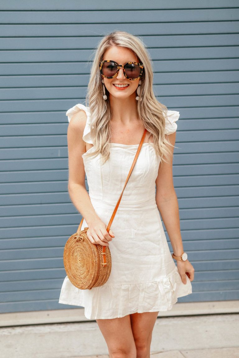 301a3d7e4c How to Style  A Summer Linen Dress by