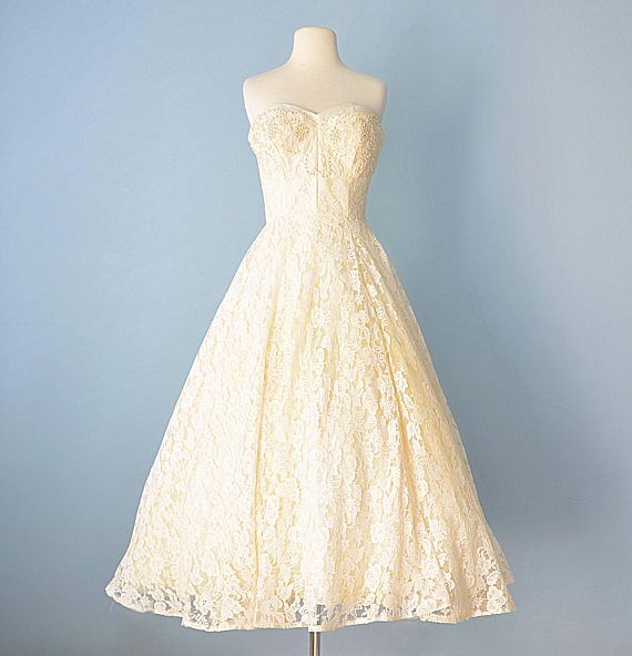 Enchanting 1950s Wedding Dress Frieze - Womens Dresses & Gowns ...