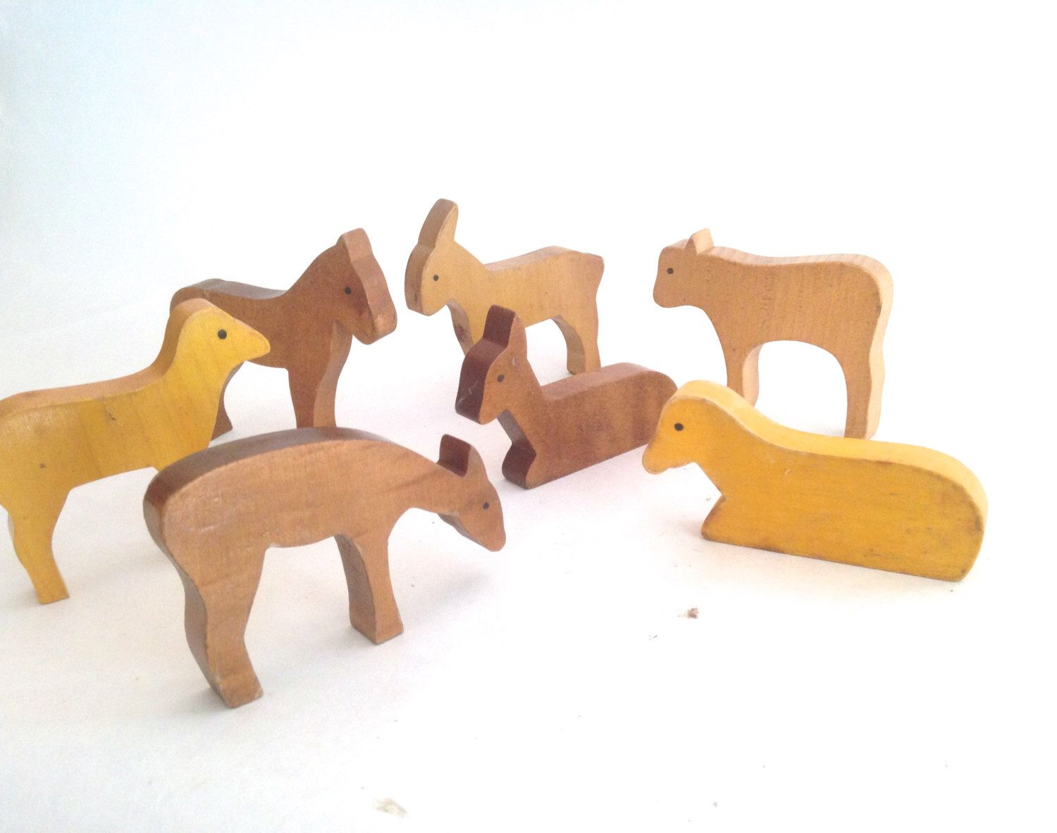 wooden barn yard farm animal collection. | power of the babe