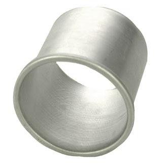 Alumiinisella Runebergintorttumuotilla saat leivottua Runebergintortut juuri sellaisina kuin itse haluat: punssilla, karvasmantelilla tai ilman!     Muotti käy moneen: annosmuotiksi perunasose- tai basmatiriisiannosten kokoamiseen tai vaikka pyöreiden leipästen valmistukseen. Alumiinimuotti johtaa hyvin lämpöä ja paistaa tuotteeseen kauniin pinnan. Heirolilla saatavana myös pinnoitettu muotti, josta irrotat tortun vaivatta!