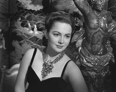 Olivia de Havilland - Pictures, Photos & Images - IMDb