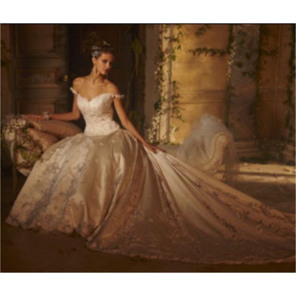 Wedding dress amalia carrara wedding dresses carrara and worlds amalia carrara wedding dress on tradesy weddings formerly recycled bride junglespirit Gallery