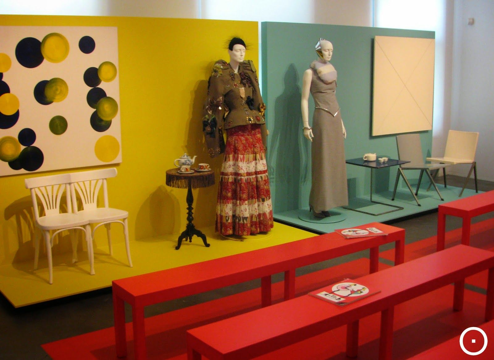 eyeAm viewOnRetail (With images) | Scenic design ...