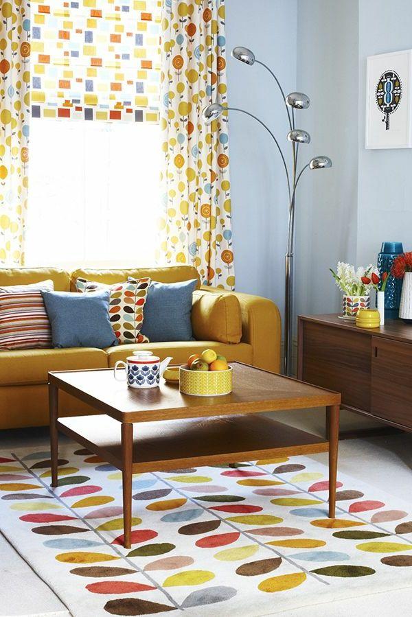 wohnzimmer gestaltungsmöglichkeiten gardinen teppich farbig