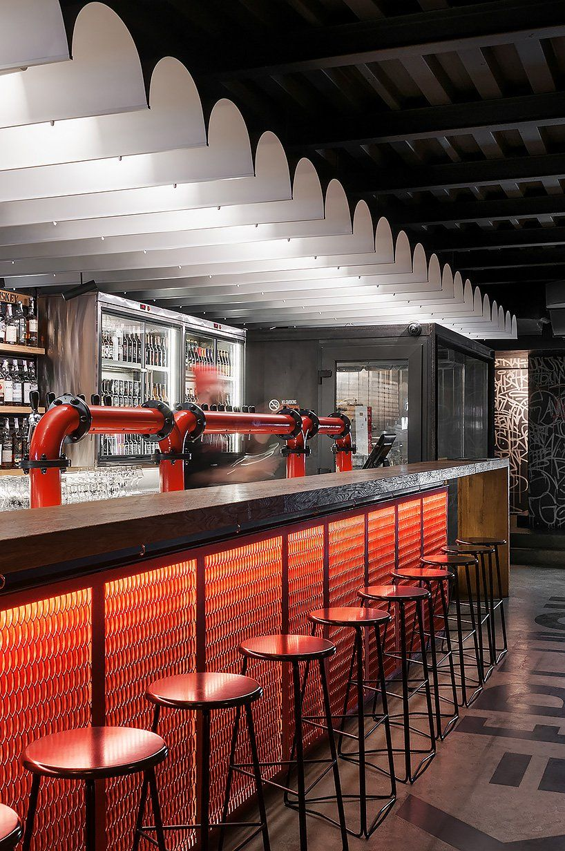 Punkraft By Ater Architects Brings The Rebellious Spirit Of Craft Beer To Kiev Bar Design Restaurant Cafe Bar Design Pub Interior