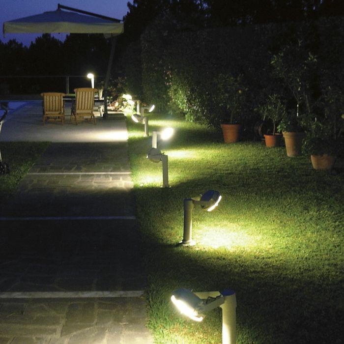 LED Beleuchtung Garten Sommer Nacht Gartengestaltung u2013 Garten - garten und landschaftsbau bilder