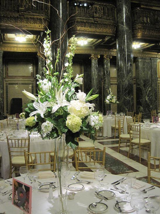 Pittsburgh Wedding Reception Event Flowers Table DecorationsJim Ludwigs Blumengarten Florist