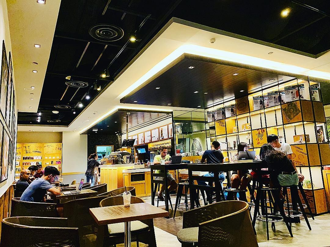 Watch The Best Youtube Videos Online The Coffee Bean Tea Leaf Westmall Cafe Thecoffeebeanandtealeaf Thec Iphone Photography Singaporean Tea Leaves