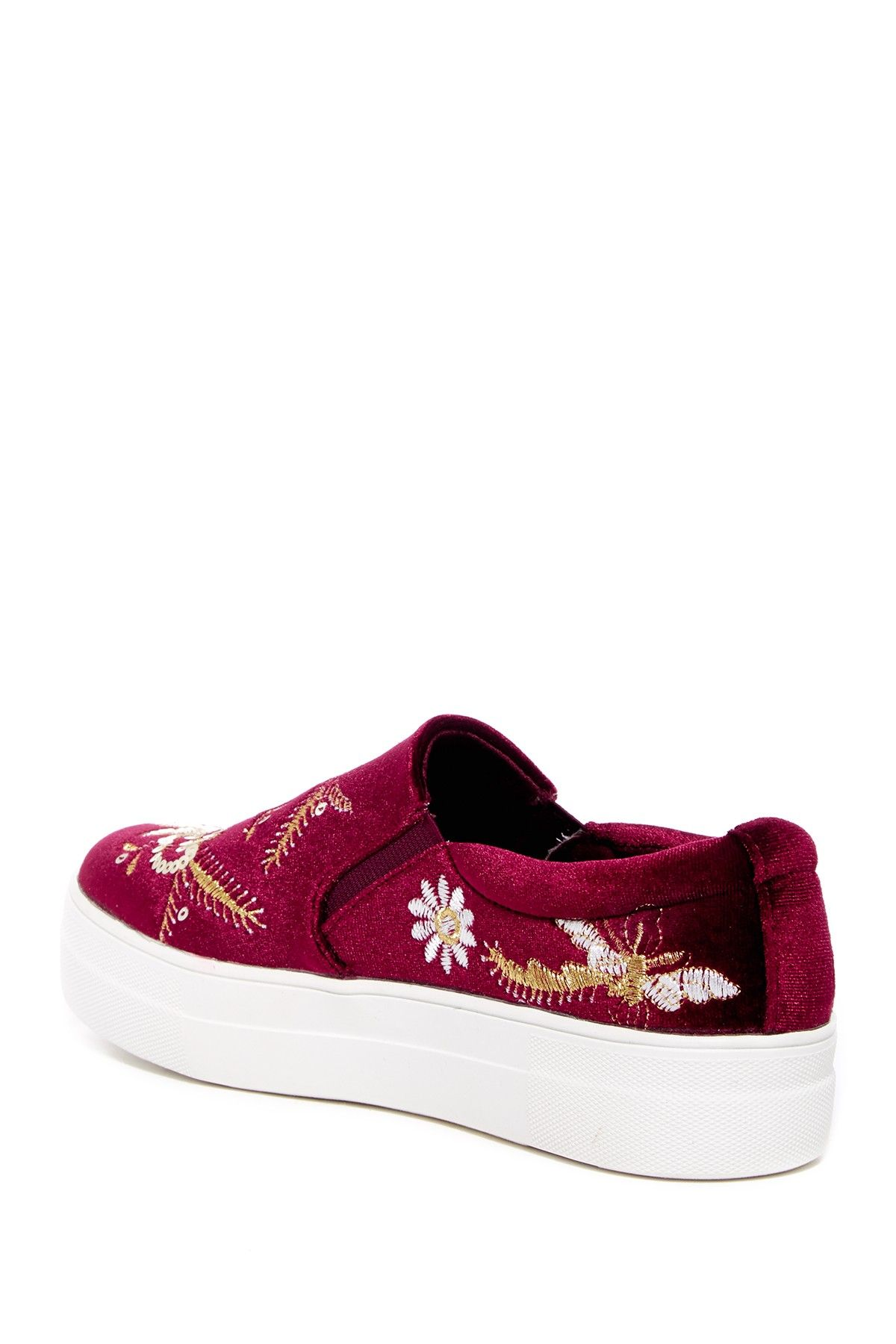 Carlos By Carlos Santana Avery Embroidered Velvet Slip-On Sneaker PDXsSj2N