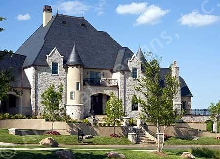 Homes that look like castles plans