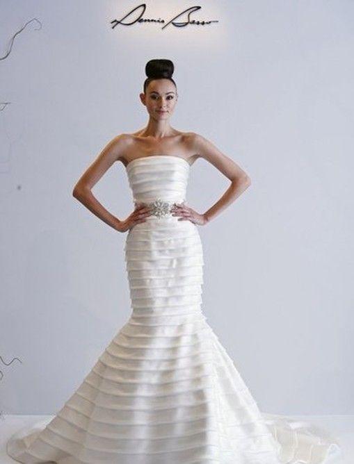 http://www.weddingthingz.com/1/post/2013/02/wedding-dress-wednesday-dennis-basso-for-kleinfeld.html