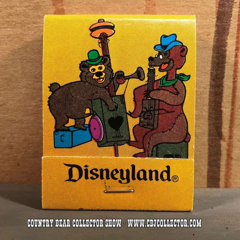 www.CBJCollector.com - This week our host looks at a vintage Disneyland matchbook that has some Marc Davis Country Bear artwork on the cover. He tells you all about it and then gives you hi 'Paw Rating.'  Be sure to check out the Country Bear Collector Show Facebook Page over at www.facebook.com/CountryBearCollector and let us know your thoughts on this item!  PRODUCT INFORMATION Vintage 1970s Disneyland Country Bear Jamboree Matchbook  Help us make more shows like this one.  Become a…