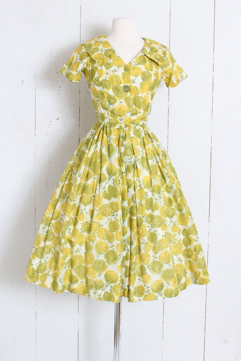 Sale Vintage 1950s 50s Dress Yellow Green Silk Rose Etsy Vintage Green Dress Dresses Vintage Dresses 50s [ 1191 x 794 Pixel ]