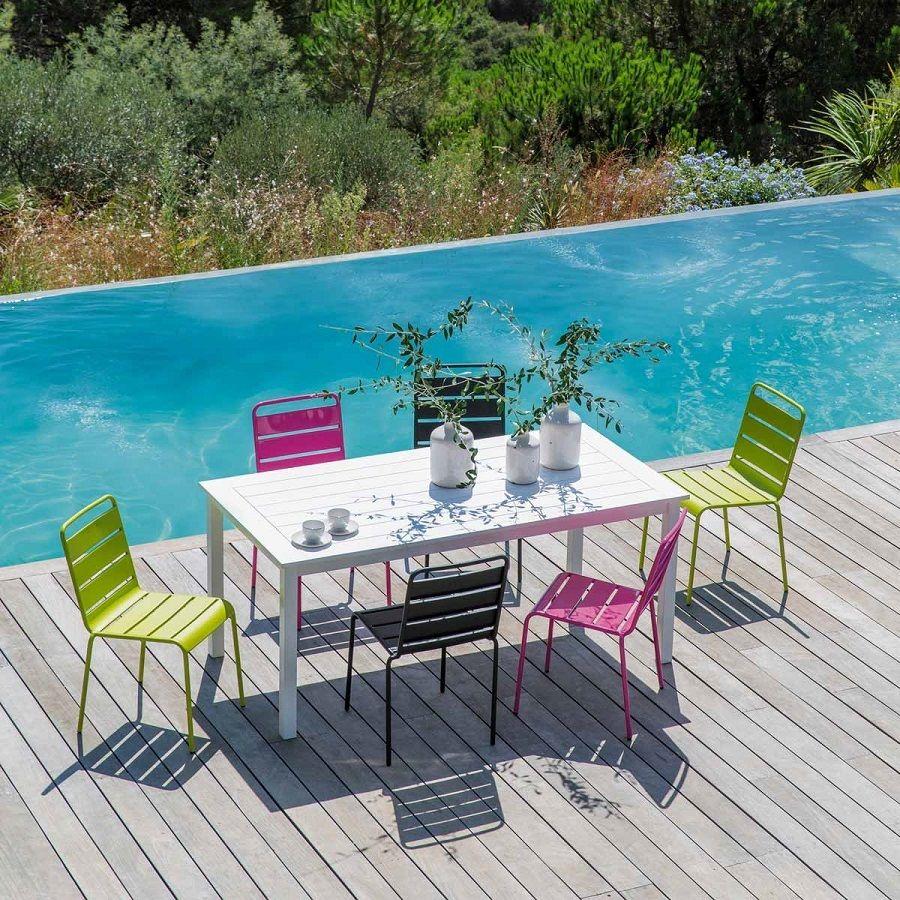 beau salon de jardin en metal de couleur | Décoration française ...