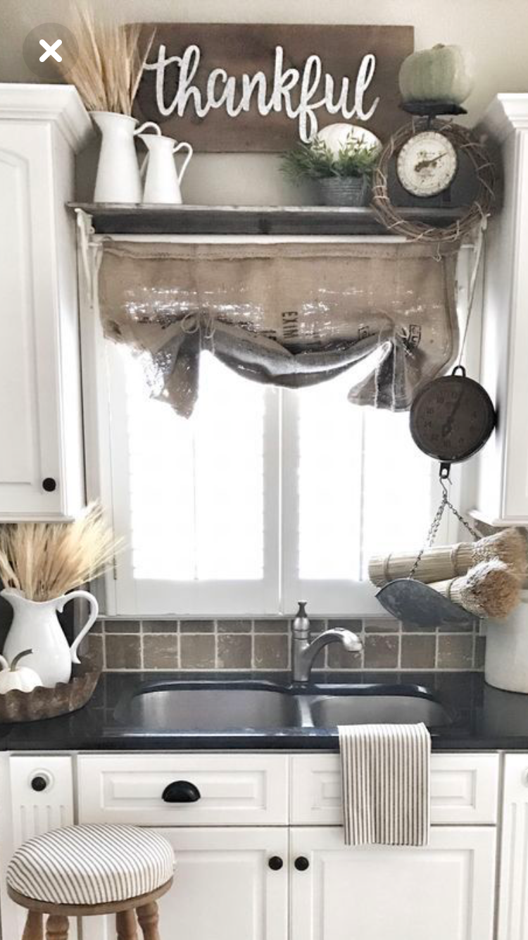 We Have Inspirational Pictures Ideas And Clever Tips Upon Kitchen Window Ideas That Can Urge On Farmhouse Kitchen Decor Kitchen Sink Decor Country House Decor