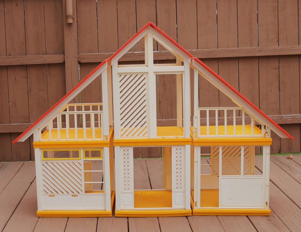 Vintage 1979 Mattel Barbie Dream House Dollhouse ~LOCAL PICK UP ONLY PHILLY PA~