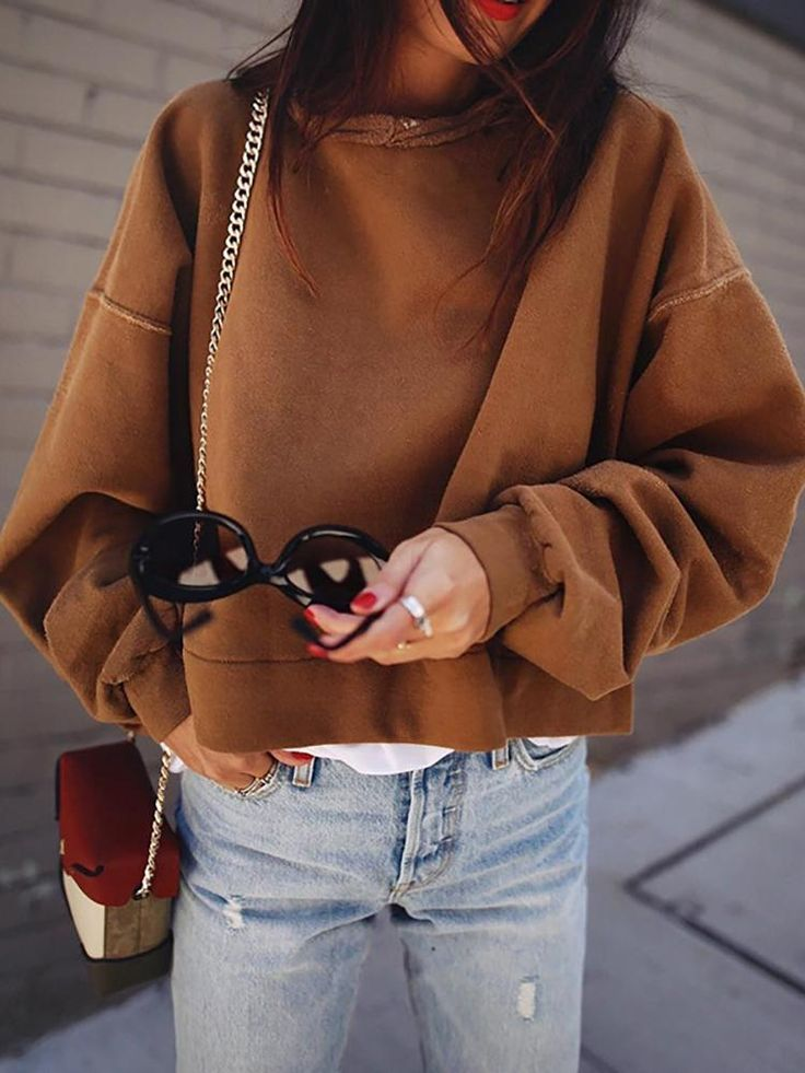 Stylish Solid Batwing Sleeve Loose Sweatshirt