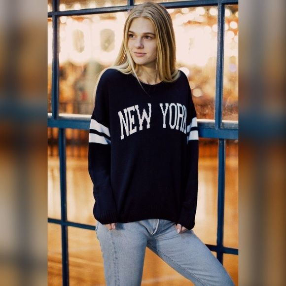 Brandy Melville New York Veena As Seen On Taylor Swift In Like New