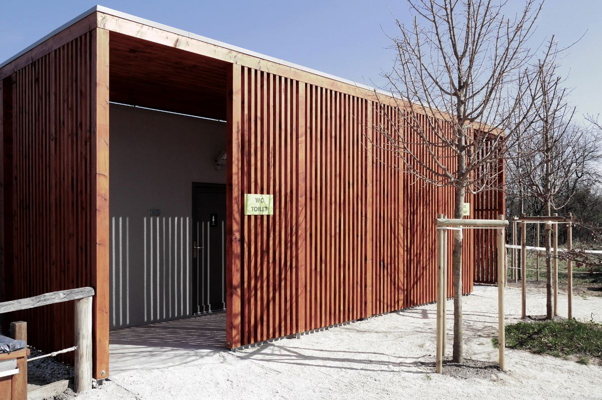 TOILETS / Location: Zoo Veszprém / Veszprém H-8200 Hungary / Planning: 2013 / Completed: 2014 / Project area: 85 sqm