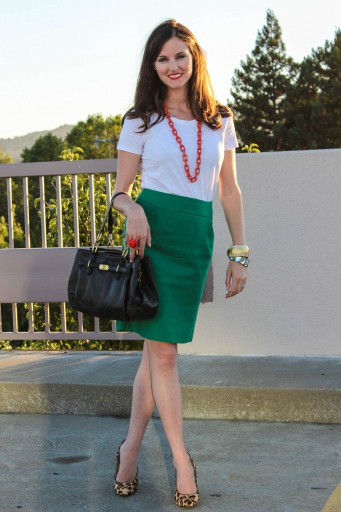 b3a27464650d ... leopard shoes. Seize the Styles. Green pencil skirt White or grey shirt  Pink chunky necklace Blue blazer