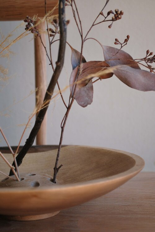 Ikebana Dried Flower Bowl Elise Mclauchlan In 2020 Dried Flowers Flower Bowl Ikebana