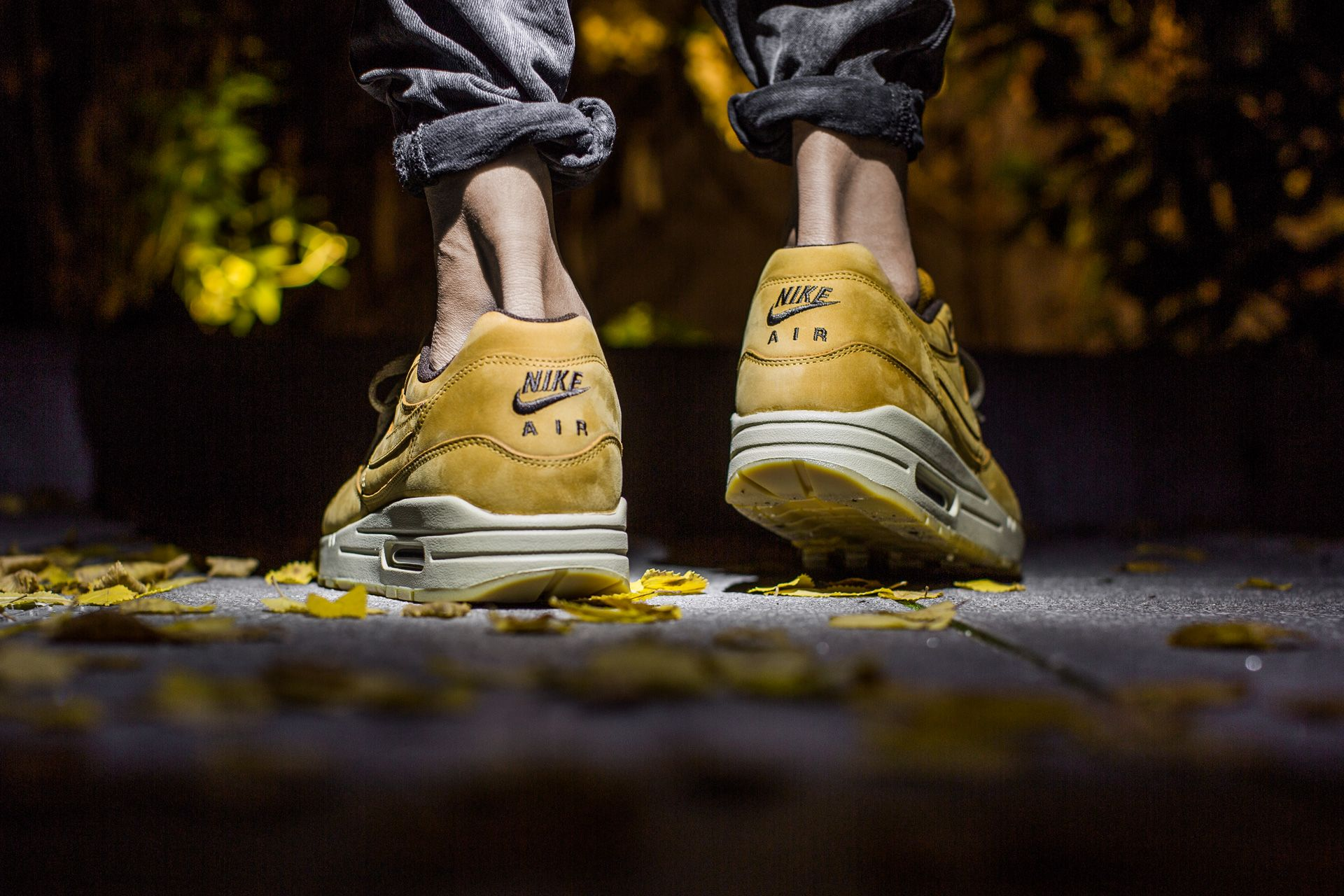 new product 3c585 aa5e7 NIKE AIR MAX 1 LTR PREMIUM WHEAT PACK BRONZEBRONZE-BAROQUE BROWN  available at www.tint-footwear.comnike-air-max-1-ltr-premium-700 Nike air  max 1 LTR ...