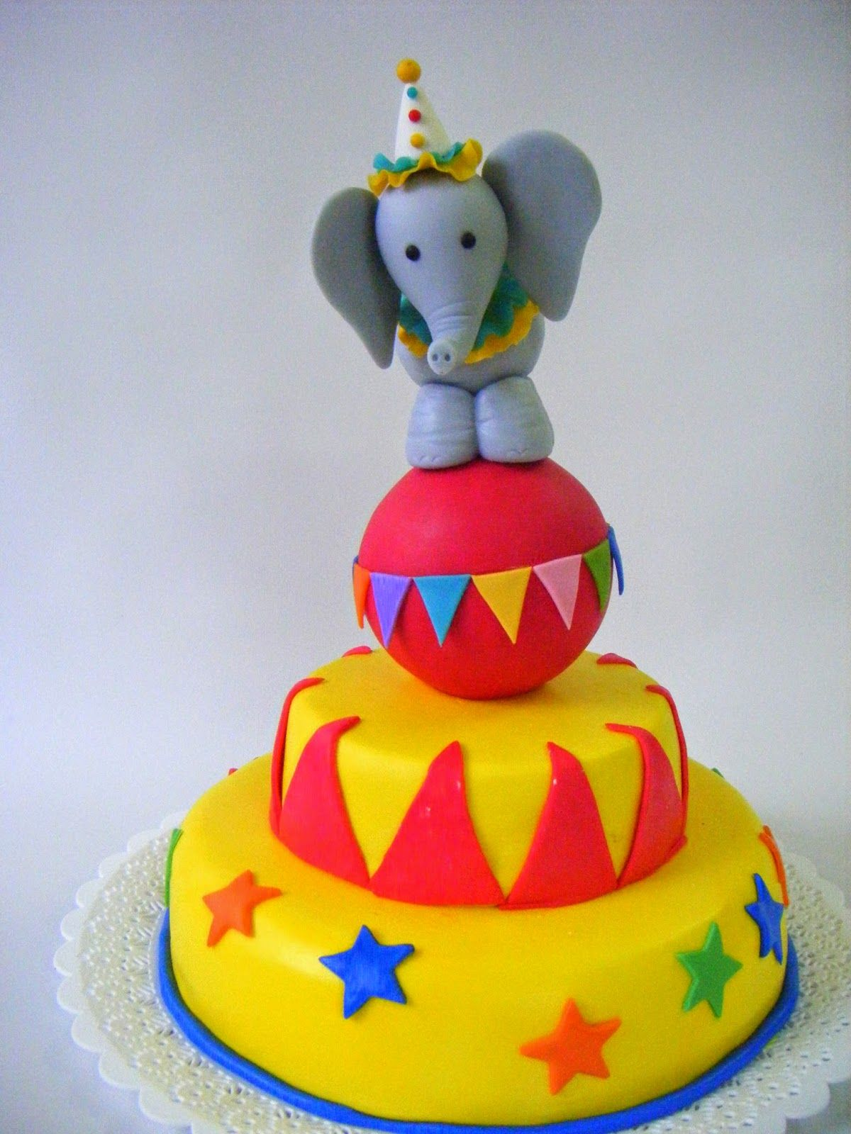 elephant circus cake klown Pinterest Circus cakes Cake and