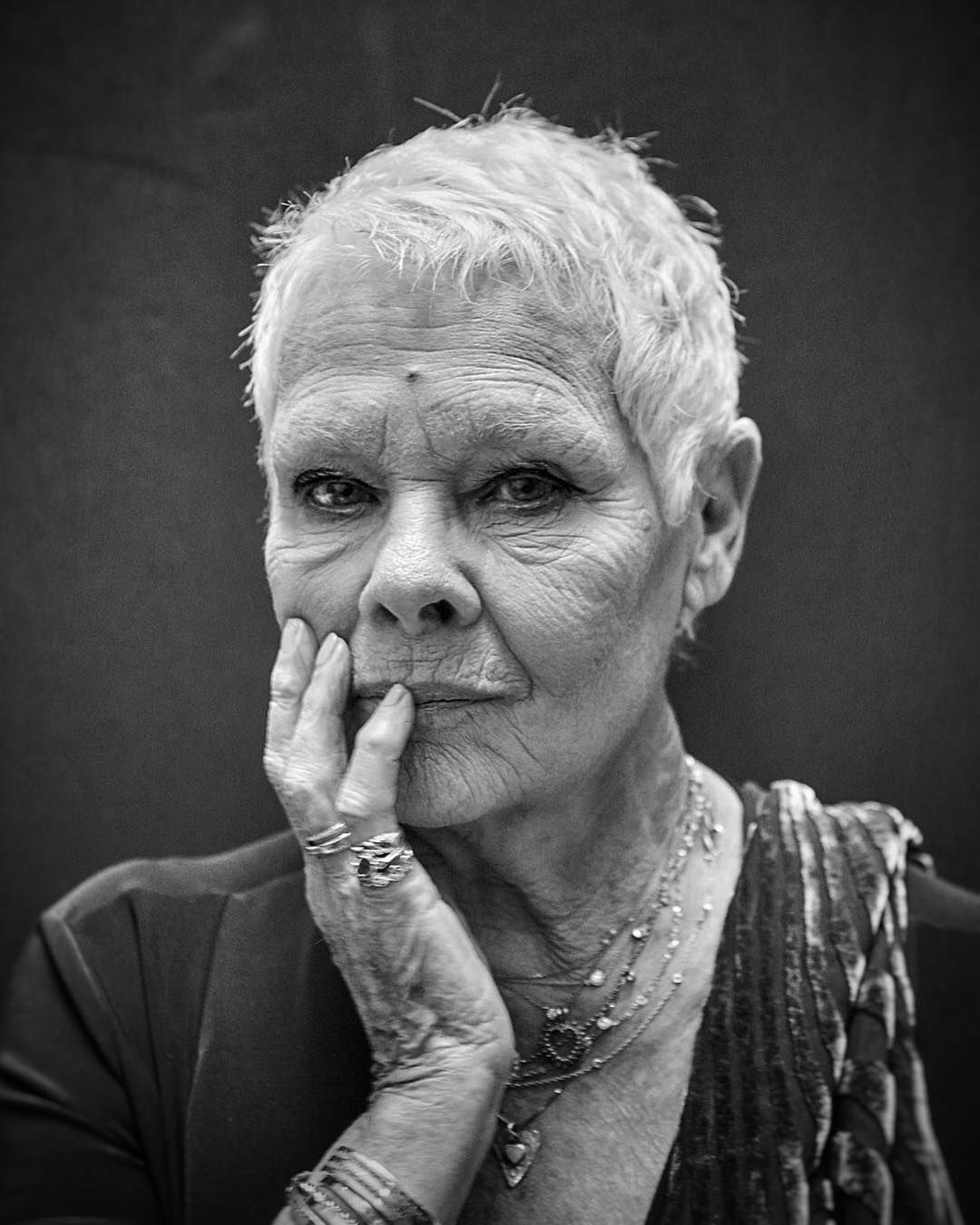 braless Judi Dench (born 1934) naked photo 2017