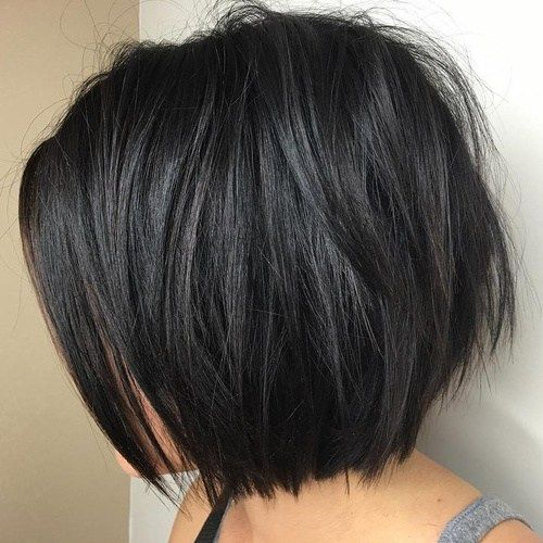 Bobs Like This Are Both Practical And Pretty Such Hairstyles Can Bring The Best Out Of Your Hair It S Thick Hair Styles Hair Styles Haircut For Thick Hair