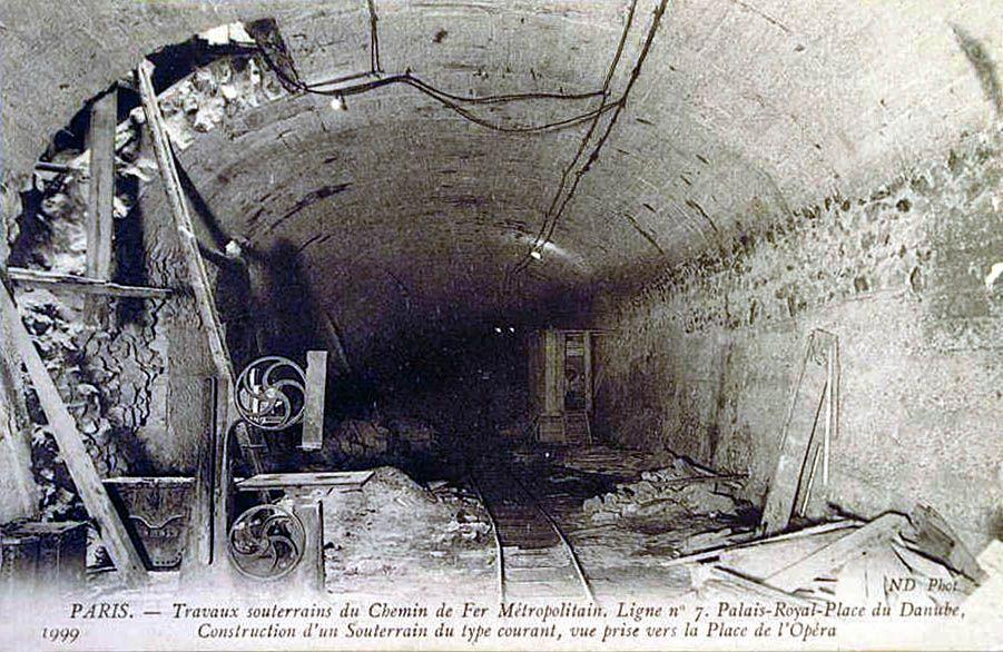 LA CONSTRUCTION DU METRO PARISIEN Construction, Chateau