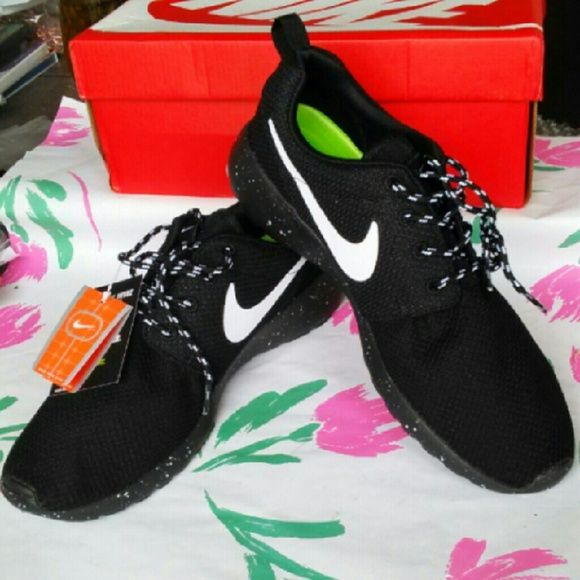 0ea4c02d04b99 Daisy Wedgwood on | Nike Basketball Shoes | Nike basketball shoes ...
