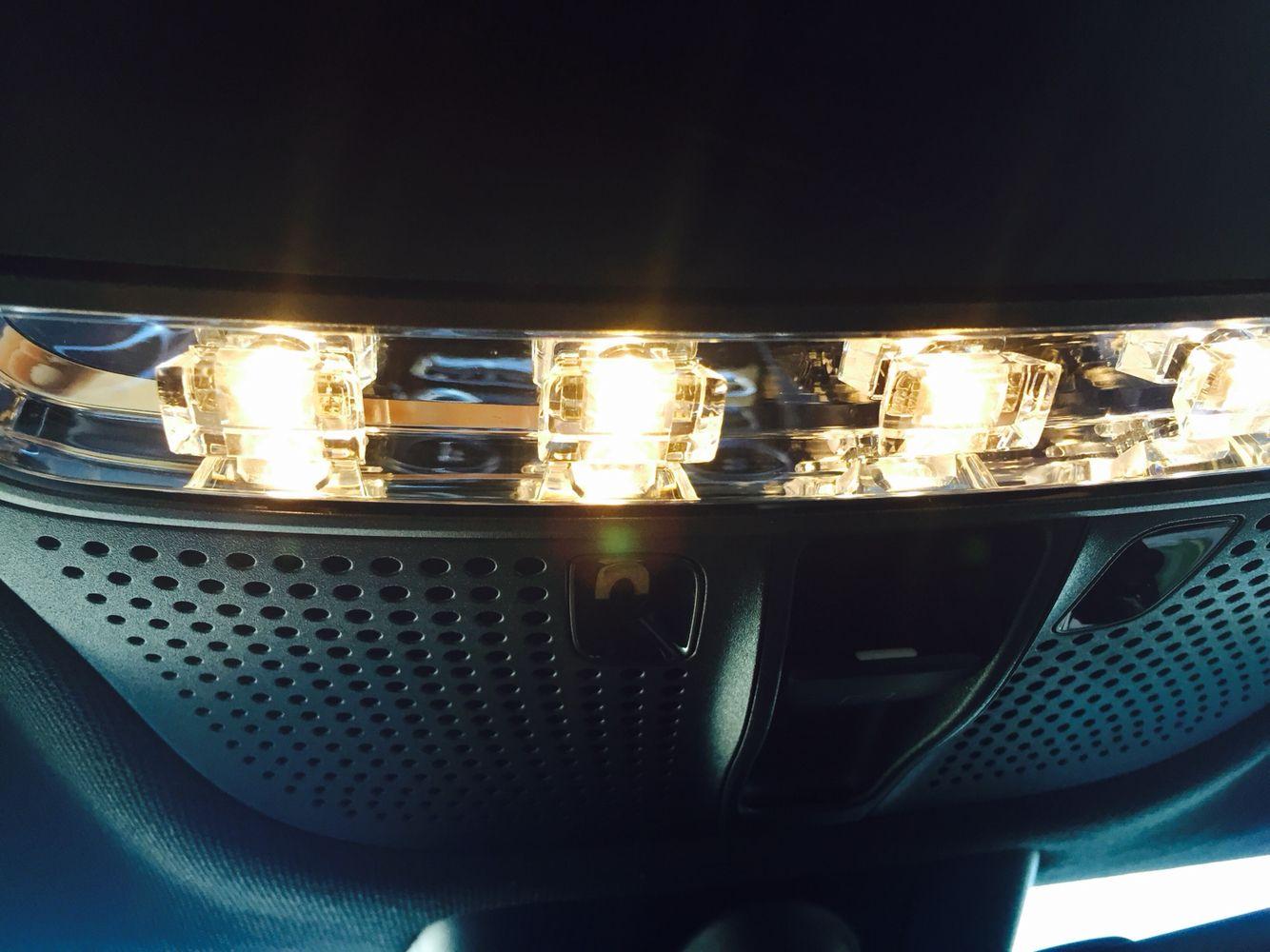 Led blanc intérieur Mercedes classe C pack AMG une clarté a vous ...