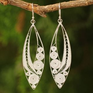 Exquisite Earrings Thai Design Sterling silver