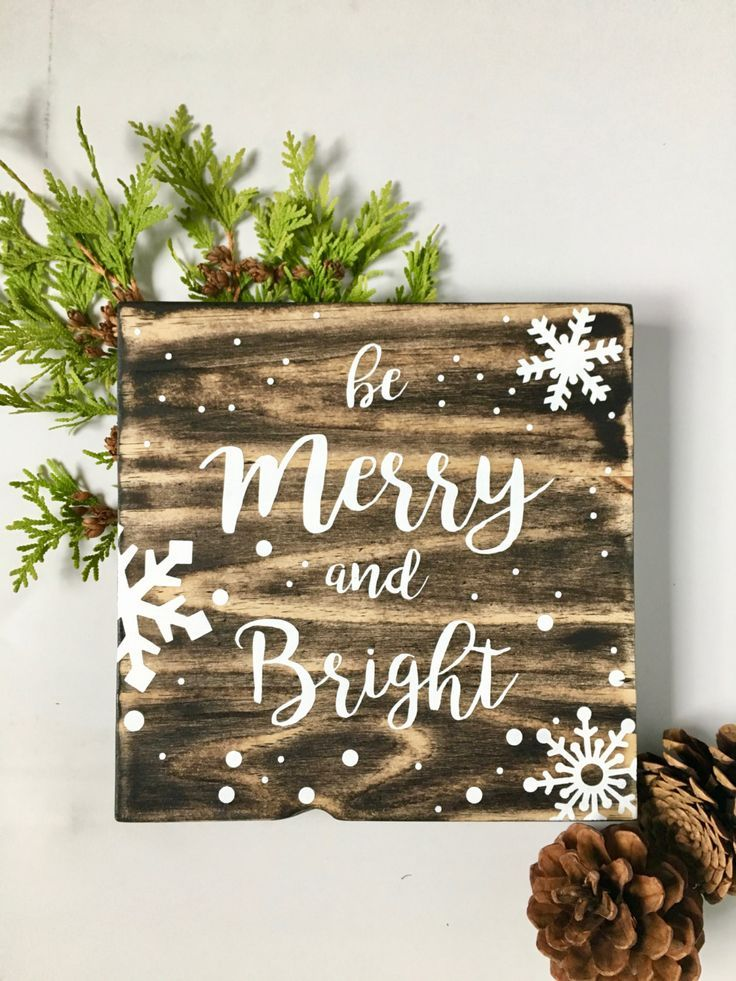 Wood Wall Art Merry And Bright Holiday Christmas Painting Festive Rustic Décor Snowflake Wooden Sign